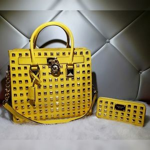 Michael Kors Pyramid Studded Hamilton With Wallet.